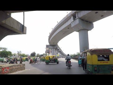Driving in Ahmedabad (Narol-Naroda Road) - Gujarat, India