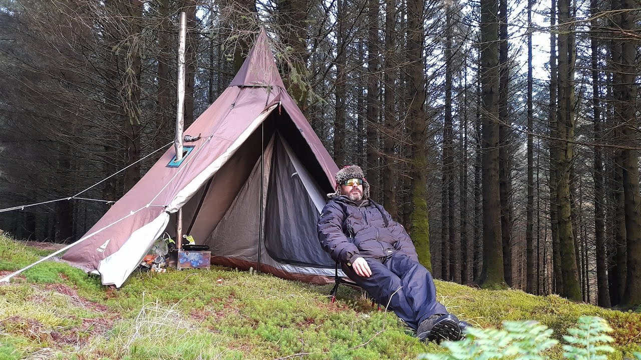 Wild camping Scotland. Solo camp in the woods. Rain, wind ...