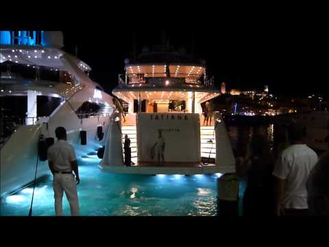 The US$ 12,500,000 [YACHT TATIANA] entering Port de CANNES at night