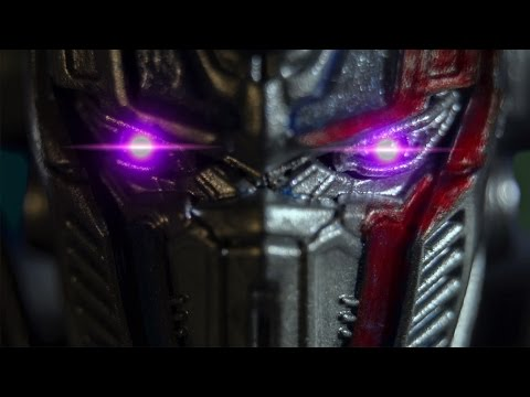 Transformers The last Knight Stop Motion Super Bowl Trailer (English)