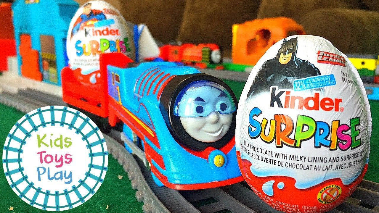 Kinder Surprise Egg Time Trials | Thomas and Friends Trackmaster Turbo Boost Train Races