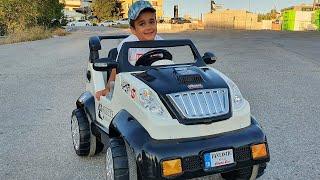 Berat Akülü Araba Sürmeyi Öğrendi. Eğlenceli Çocuk Videosu