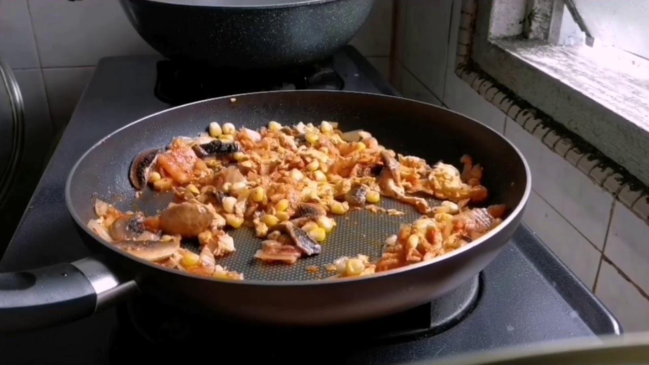 超簡單的韓式泡菜炒飯做法? - YouTube