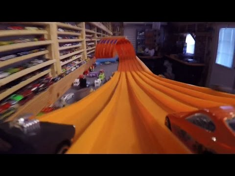 15 UNBELIEVABLE IDEAS WITH GLOVES from YouTube · Duration:  9 minutes 58 seconds