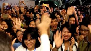 Perpetuum Jazzile - Amazing after-concert greeting by Chinese fans (Guangzhou, CN; Nov 9, 2015)