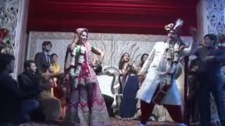 Tune maari entriyan - Wedding flash mob