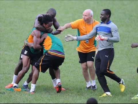 Man City's player Abdul Razak and Gosso training fight
