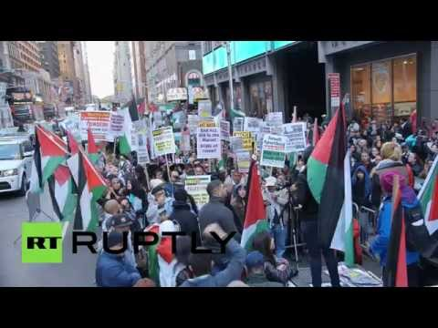 Israel vs. Palestine on Times Square: More than a thousand rally in NYC