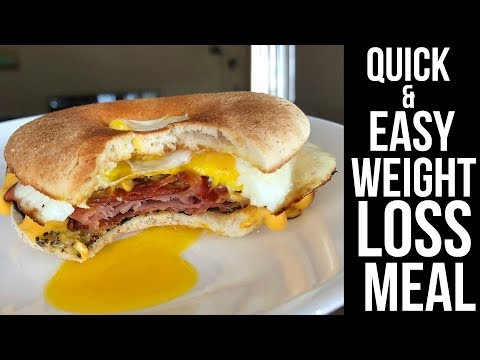INSANE WEIGHT LOSS FRIENDLY BREAKFAST SANDWICH! (Under 350 Calories)