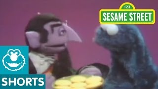 Sesame Street: Cookie Monster And Count Cooperate