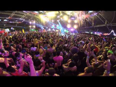 Dada Life & Sebastian Bach - Born to Rage LIVE from EDC Las Vegas 2014