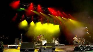 Bon Iver - Skinny Love (Glastonbury 28-06-09) thumbnail
