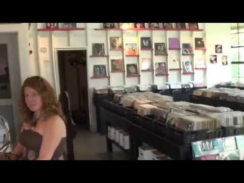 Record Store Walking Tour #33 ~ MicroGroove (Tampa, FL)