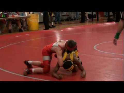 Shayne Kilgore versus Johnny Carr.. (Goodwyn Junior High Wrestling 2010)
