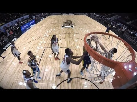 A bigtime dunk by Damian Jones!
