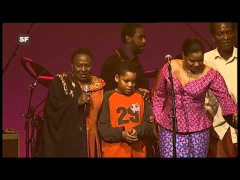 Miriam Makeba - Pata Pata (Live at AVO Session (Basel) Switzerland - 2006)