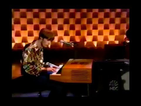The Coral - Dreaming Of You LIVE on Conan O'Brien 28/02/2003