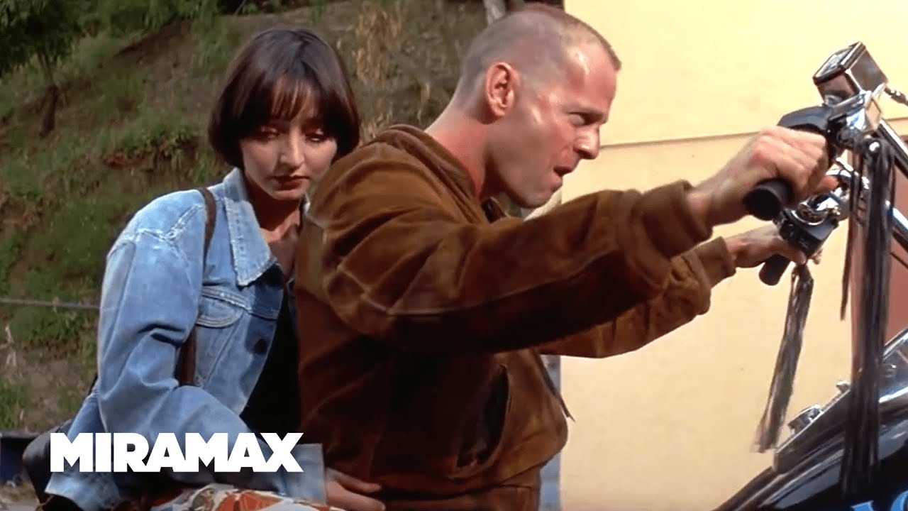 pulp fiction mis en scene Dialogue drives quentin tarantino's pulp fiction,'' dialogue of such high quality it deserves comparison with and that scene also begins with dialogue that.