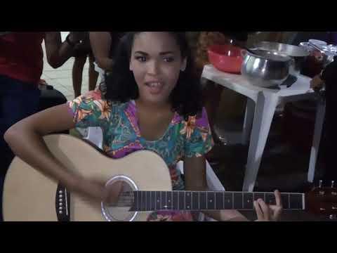 Alunos da escola de música 🎵🎸 fazendo vos e violão..