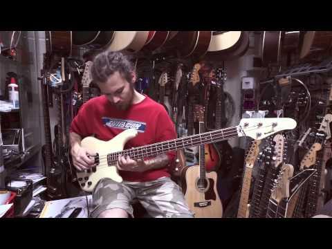 Rockoon Kawai Bass Guitar