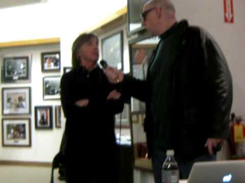 Andre Gardner interviews Joey Molland of Badfinger