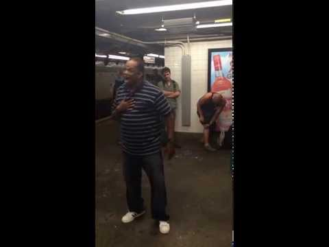 Amazing Manhatton New York Subway Singer  [CHANGE IS GONNA COME]