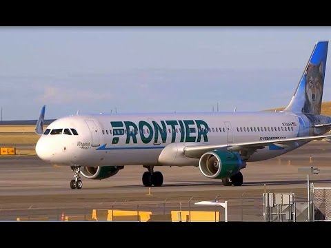 45+ Minutes of Plane Spotting - Denver International Airport