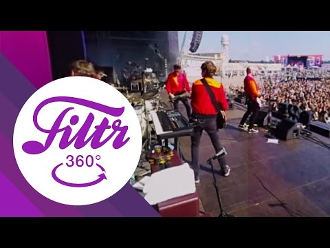 """Everything Everything """"To The Blade"""" - 360° (Live@Lollapalooza Berlin)"""