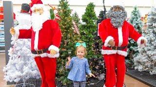 Влог Готовимся к Новому Году Покупаем ёлку, огромного Деда Мороза и Игрушки / Новогодний Шоппинг