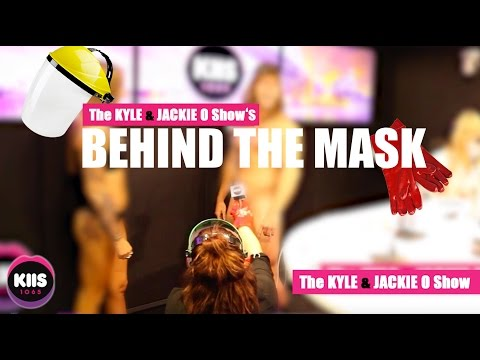 NAKED DATING - WHO IS BEHIND THE MASK?