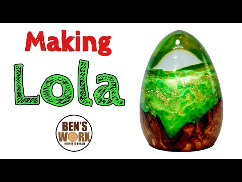 Clear resin casting tutorial making a glitter dragon egg
