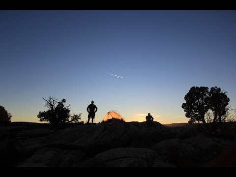 Backpacking Canyonlands: The Needles and Chesler Park in November
