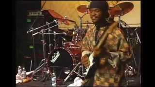Oliver Mtukudzi-Live in San Fransisco.. Ndima Ndapedza.