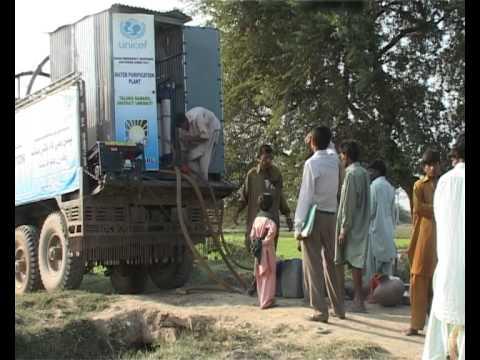 AWARE Mobile Water Purification Plants Flood 2011