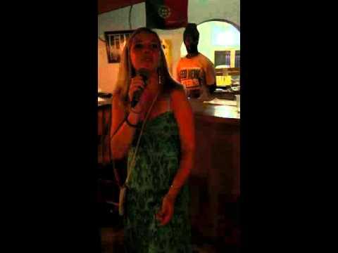 Nevis karaoke