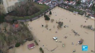 En IMAGES - Inondations en France : Paris se prépare au pic de crue de la Seine