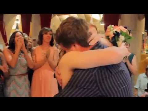 best-surprise-marriage-proposal-at-sisters-own-wedding-set-up-by-bride-herself