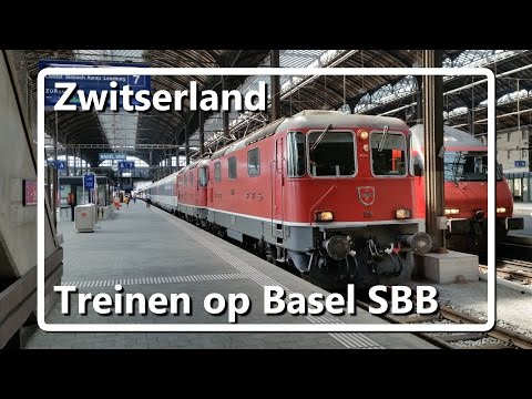 Treinen op station Basel SBB // Trains on Basel SBB station