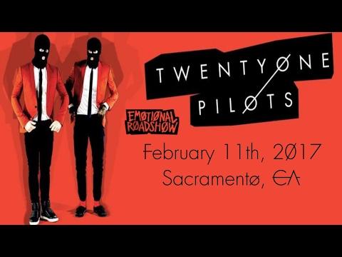 TWENTY ØNE PILØTS concert in Sacramento, CA
