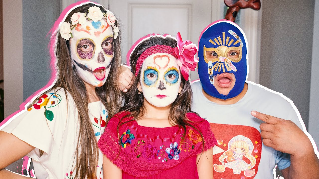 Day of the Dead DIY Makeup, Maquillando a Mami