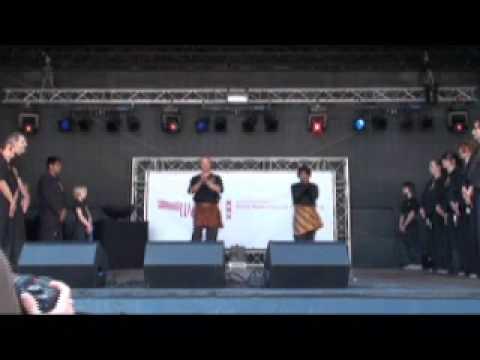 Poekoelan Tjimindie Tulen Demo op de Dam deel 2