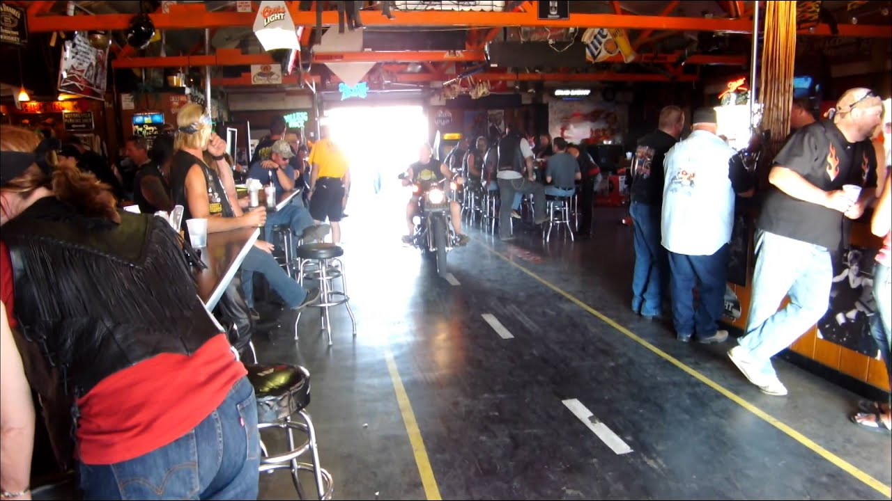 ethnography of cruisers biker bar Some favorite texas biker hang-outs auntie skinner's riverboat club restaurant & bar.