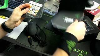 Razer Naga MMO Gaming Mouse Unboxing Linus Tech Tips