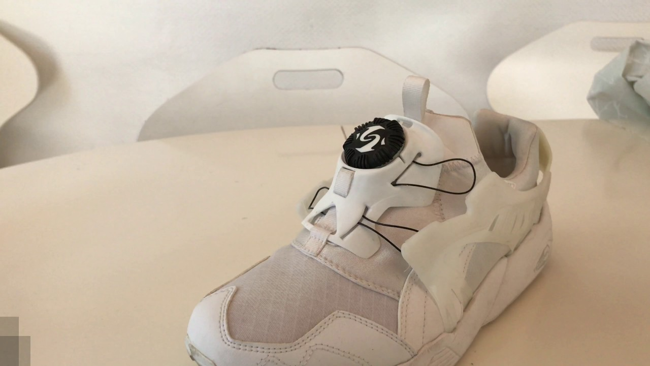 How to remove the disc on a Puma Disc Blaze tutorial and on feet
