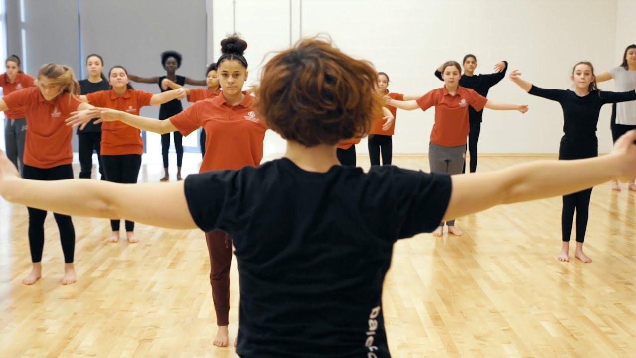 Dance Journeys 2017 – Hampstead School | English National Ballet