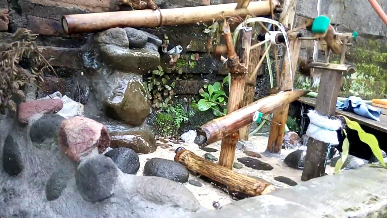 Kincir air bambu hiasan taman dan kolam ikan - YouTube