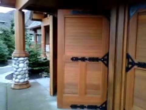 Real Carriage garage doors in West Linn