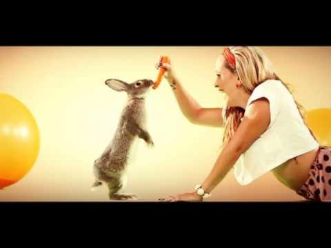 Dominika Mirgova feat. Mafia Corner - SWING