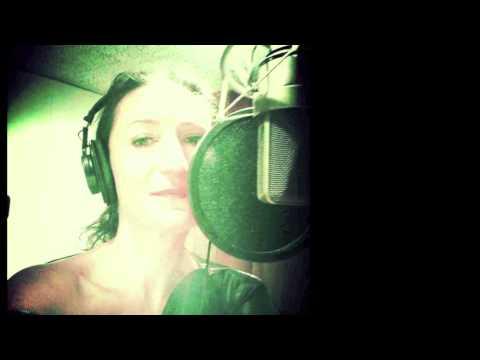 Vidéo Spot Radio ACER - Voix Femme: Marilyn HERAUD