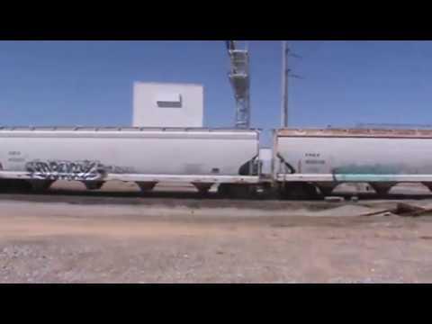 BNSF General Freight Tulsa, OK 4/23/17 vid 4 of 7